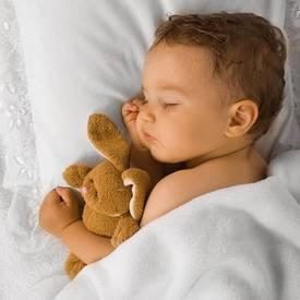 husten bei baby und kind was tun bei familie. Black Bedroom Furniture Sets. Home Design Ideas